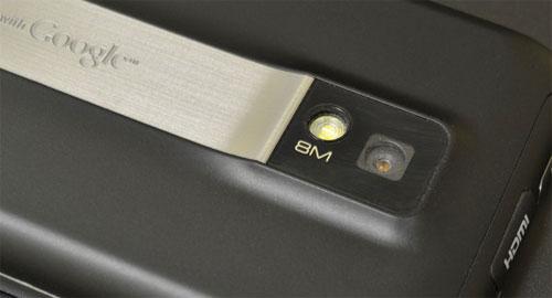 LG Optimus 2X P990 camera