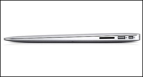 13,3 Apple MacBook Air 2011 right ports
