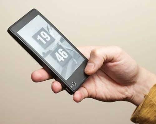 YotaPhone: смартфон с двумя дисплеями