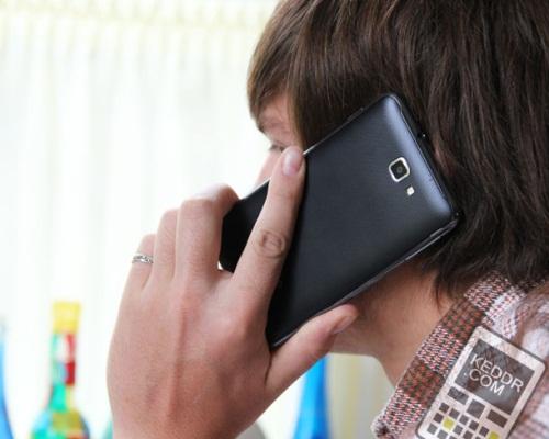 """О новом """"плафоне"""" от компании Samsung"""