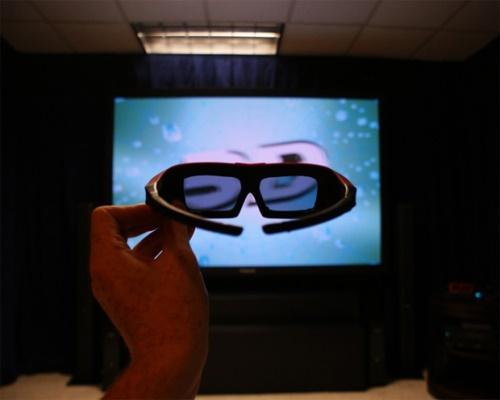 Просмотр 3D фильмов дома с новым гаджетом