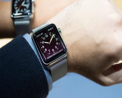 Массовое производство Apple Watch начнется в январе